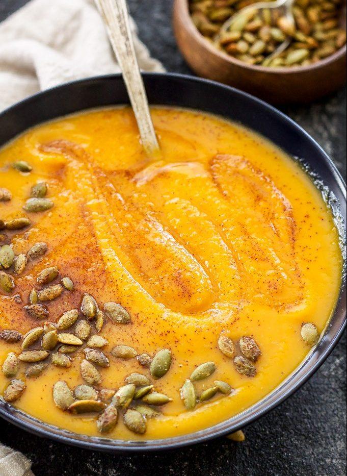 Würzige Spaghetti-Kürbis-Suppe