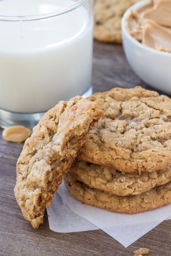 Erdnussbutter & Haferflocken Cookies