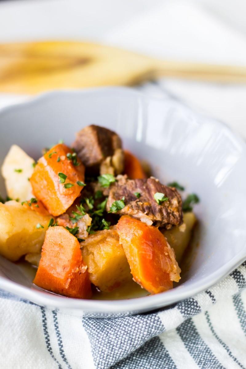 Sofortiger Topf Karotten Kartoffel Rindfleisch Eintopf